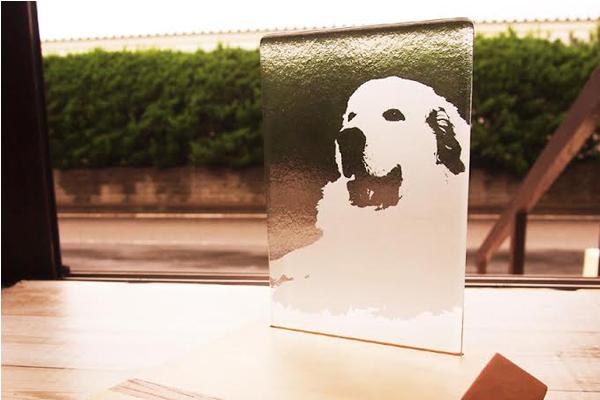 ガラス彫刻 ペット仏具
